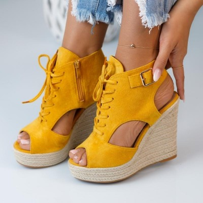 Дамски сандали на платформа Ivy Yellow